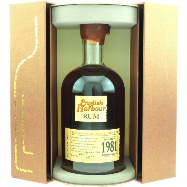 English_Harbour_1981_Rum_mB_offen.jpg