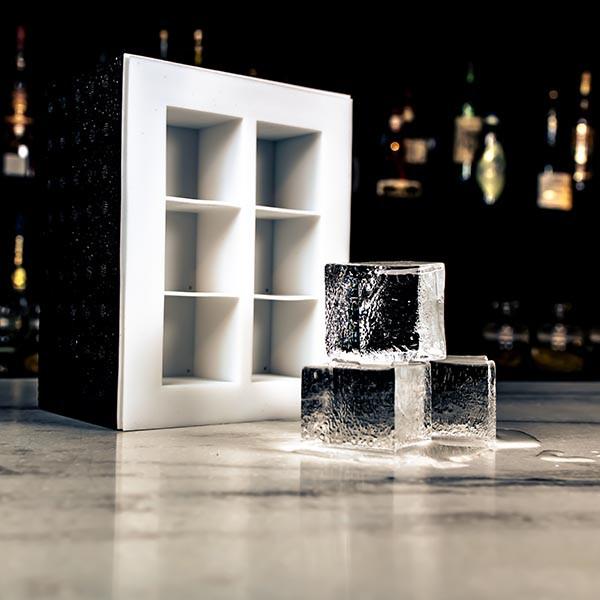 "Clear Ice Box ""Big Cubes"""